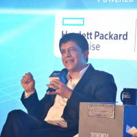 Rajesh Dhar, Senior Director - Hybrid IT, HPE sharing his views with the audience